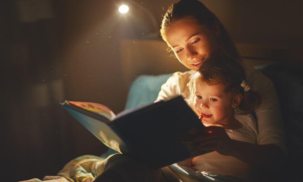 Dobieramy odpowiednie oswietlenie do czytania – poradnik